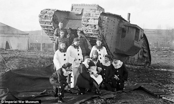 Pierrots on the Western Front, 1st World War