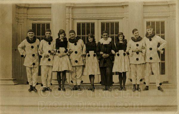 Unknown Pierrot troupe Colwyn Bay