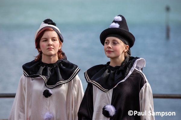Pierrot-Weekend-copyright-PaulSampson-the-Jollies-3