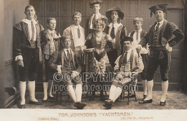 Postcard Tom Johnson's Yachtsmen, Castle-Grounds, Aberystwyth 1912 (Front)